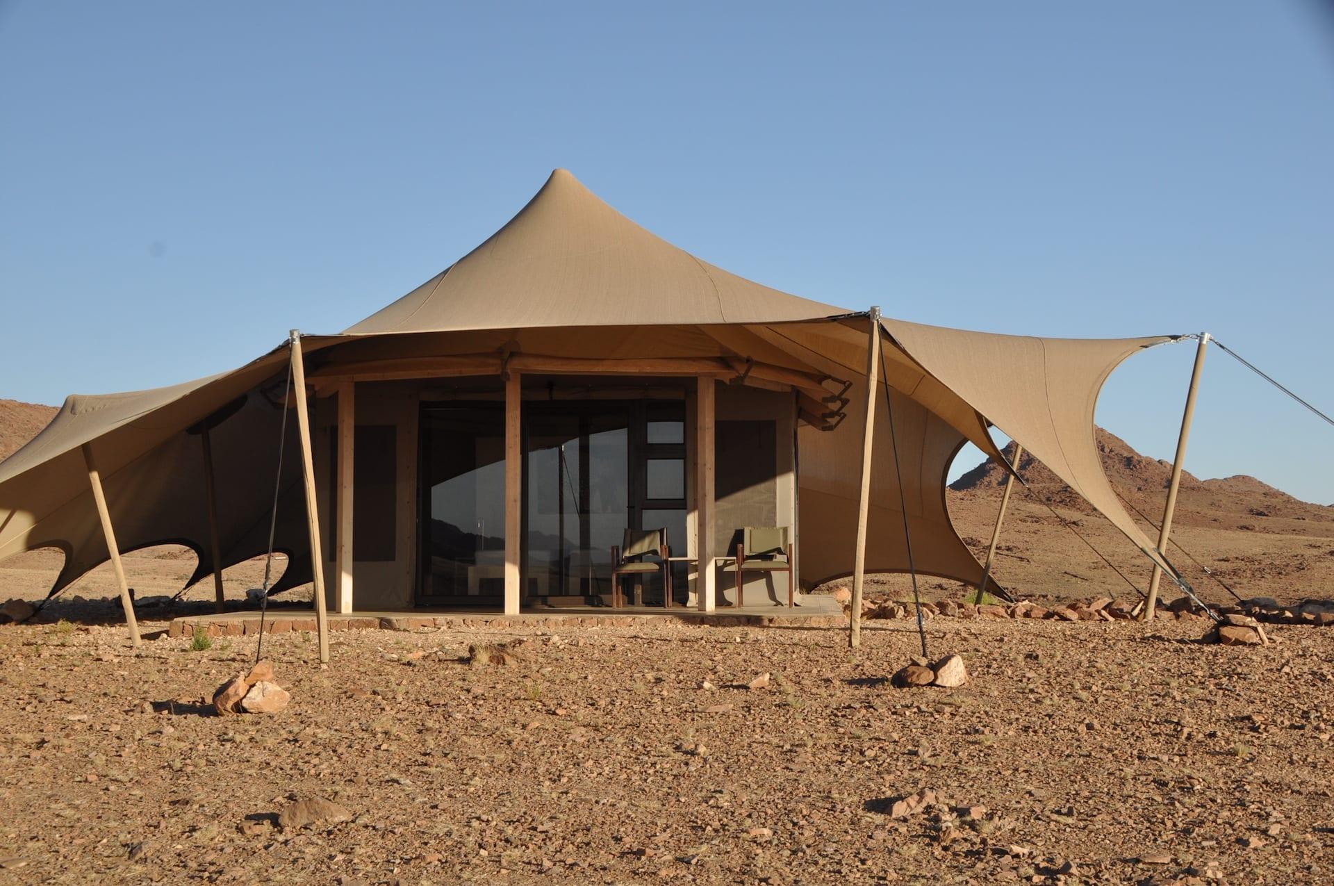 # FOTO - Desert Hills - 14._guest_tent_ext_new_sheets