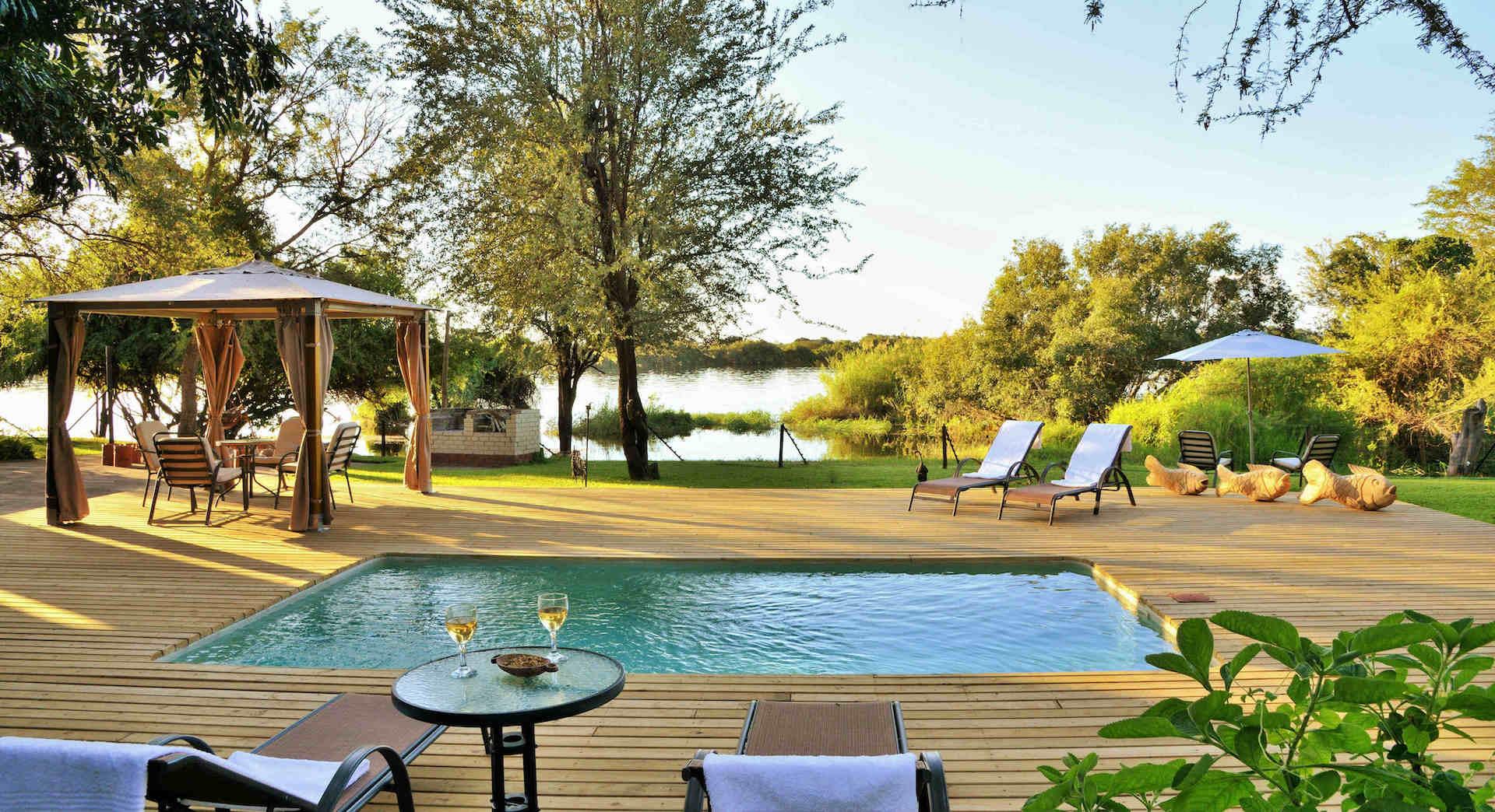 # FOTO - river_view_lodge_-_2_pool