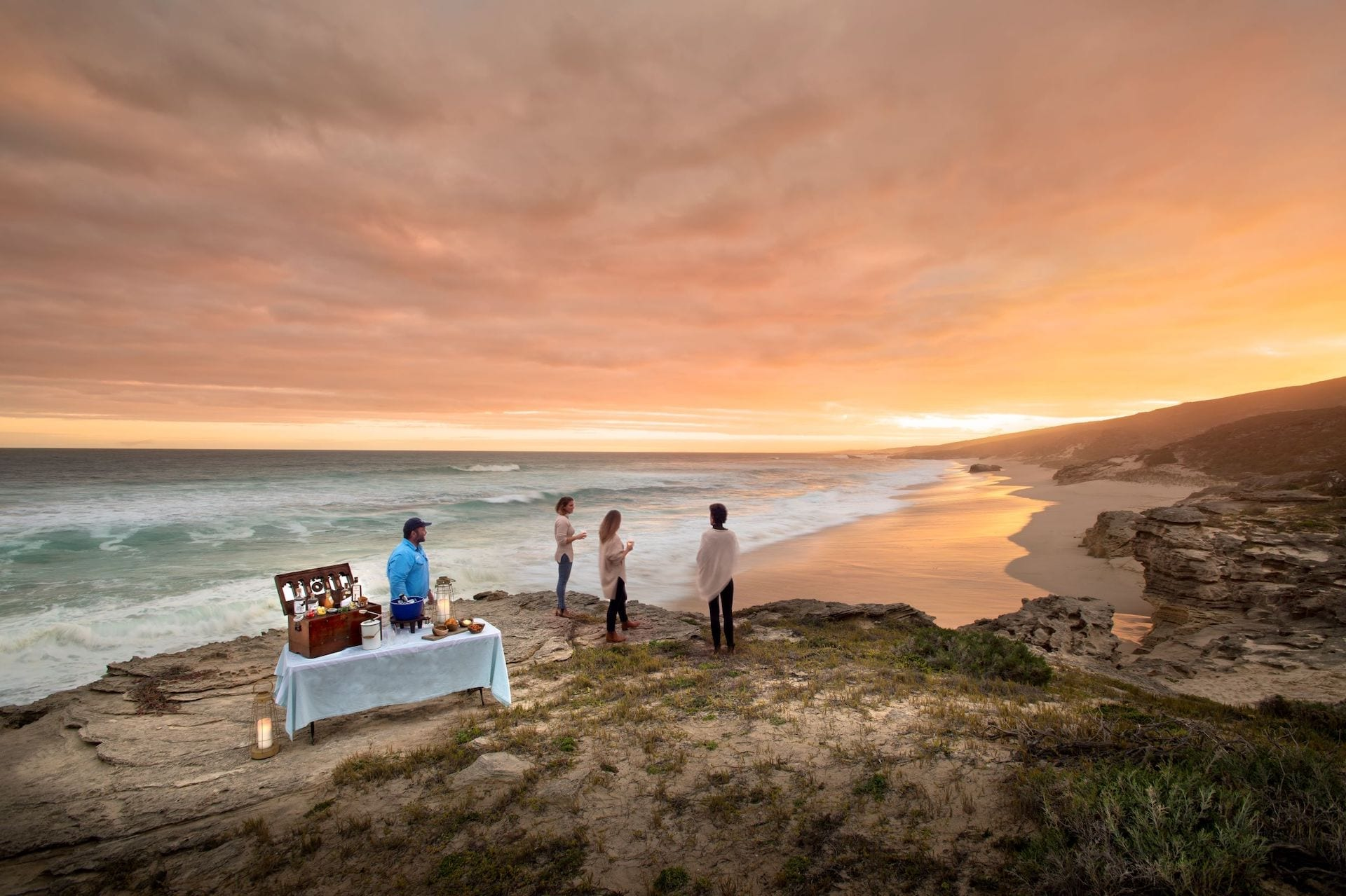 # ZA 18 - 30lekkerwater_beach_lodge_-_sundowners_by_the_ocean2