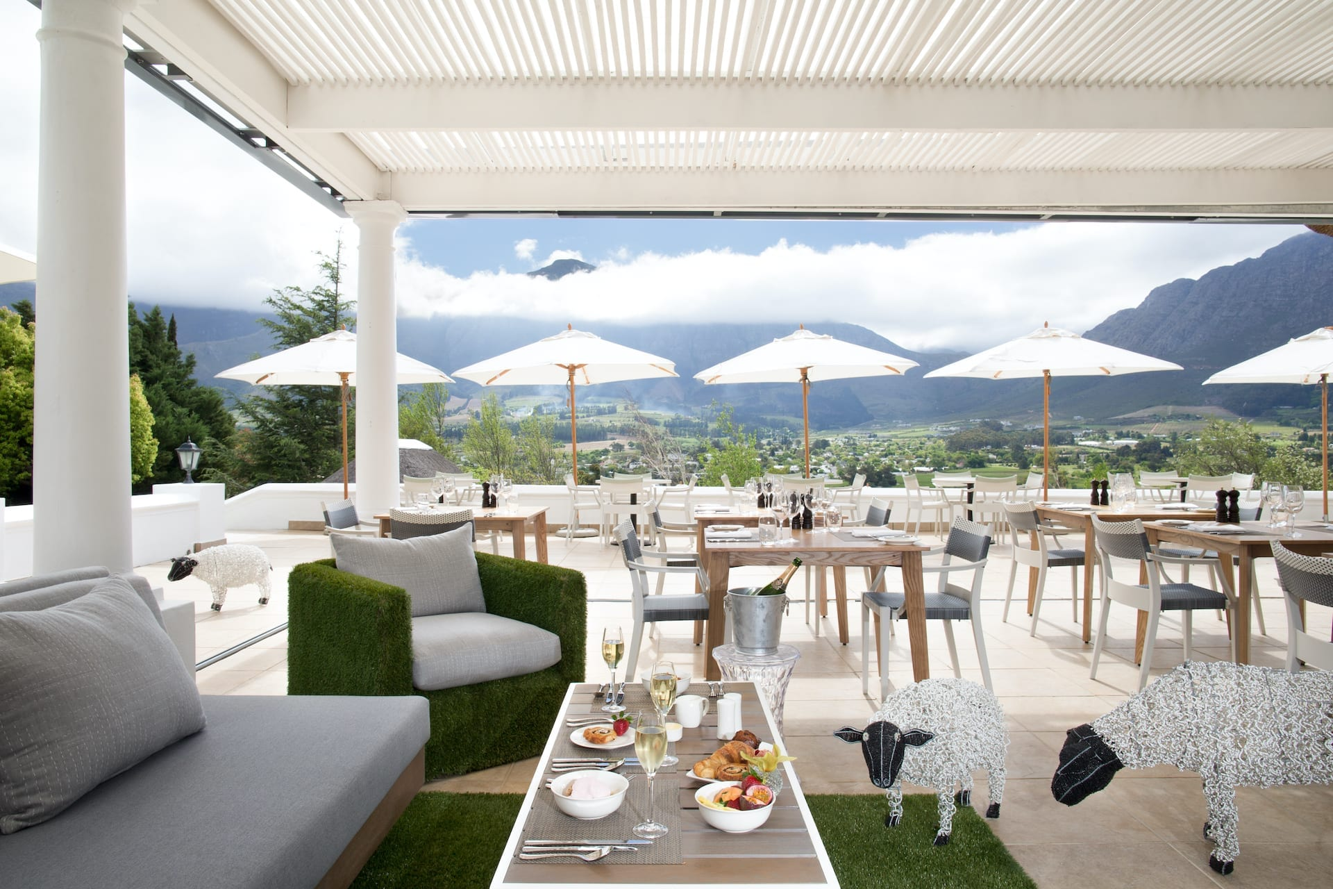 # ZA 18 - Mont Rochelle - Miko_Restaurant_Terrace