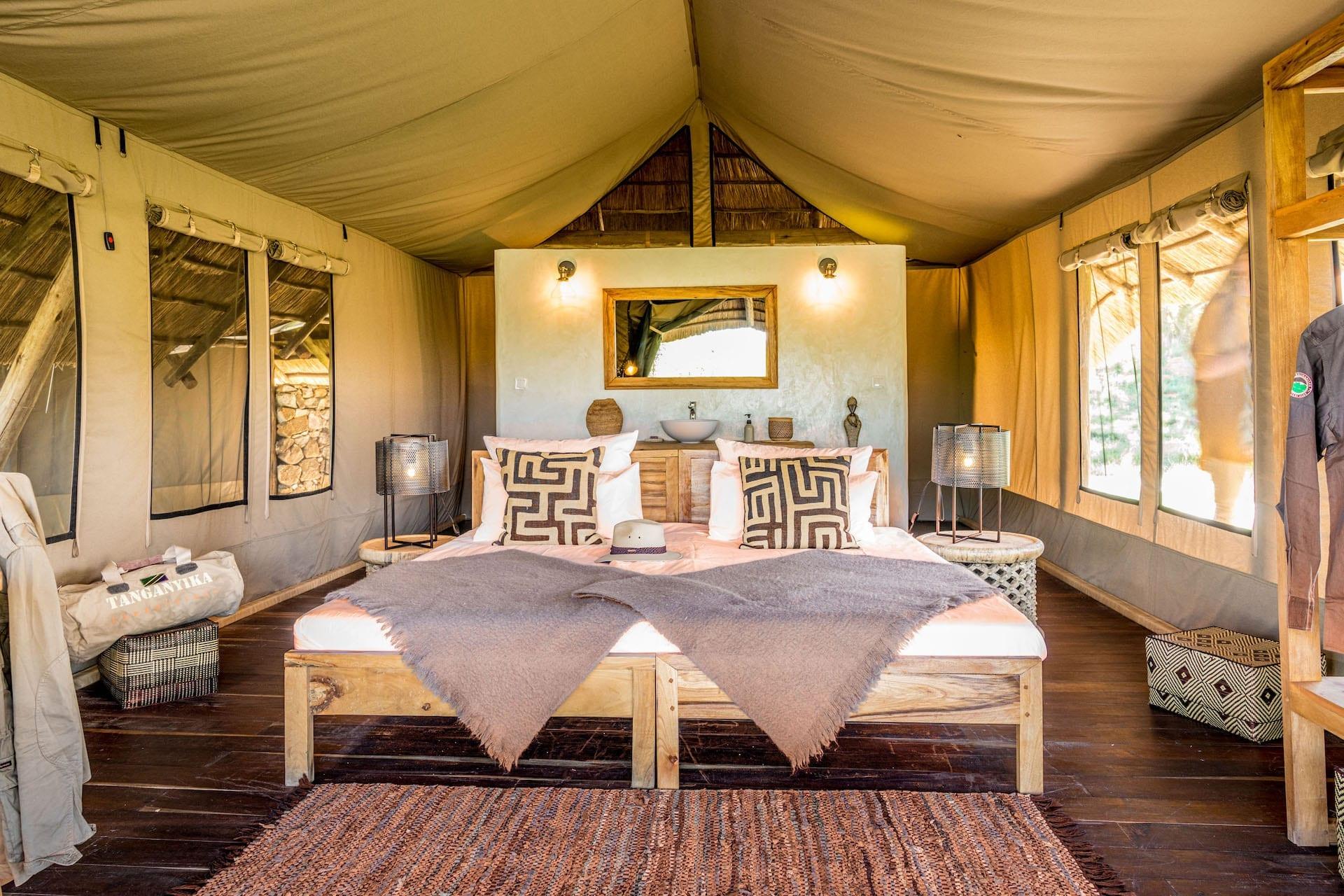 # FOTO - Mara Post - tent06-970x647-HD
